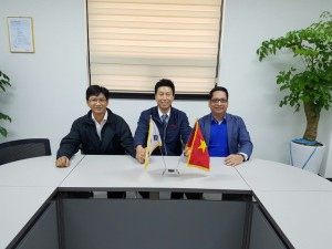 Meeting with Vietnam Buyers (2)